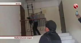 Судисполнитель разбил кувалдой дверь женщины из-за долгов родственника