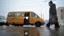 """Маршрутные """"ГАЗели"""" требуют заменить на автобусы Mercedes"""