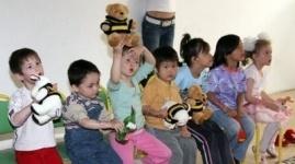 Избавиться от детских домов планируют в Казахстане