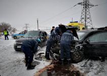 В Павлодаре пять человек пострадали в результате лобового столкновения