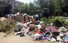 В ТОО «Спецмашин» намеренно не вывозили мусор три дня, так как настаивают на увеличении тарифа в два раза