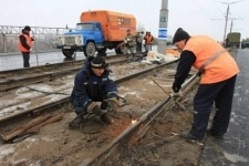 Даже после  долгого ремонта Кутузовский мост всё ещё в аварийном состоянии
