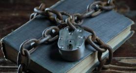 200 книг деструктивного толка изъяли павлодарские полицейские