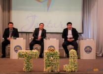 Павлодарские депутаты посоветовали студентам педвуза овладевать новыми знаниями и заниматься бизнесом