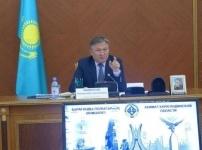Акима Карагандинской области возмутили «золотые» огурцы