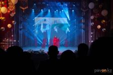 Ярким световым шоу отпраздновали аксуские энергетики свой профессиональный праздник