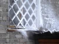 В Павлодаре из-за аварии на тепловых сетях подтопило подвал пятиэтажки