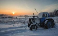 В Прииртышье осудили лесного инспектора, который, употребив марихуану, управлял трактором