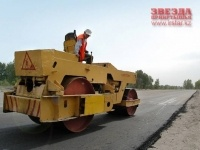 Депутаты областного маслихата обсудили, как ведется реконструкция старых дорог и строительство новых