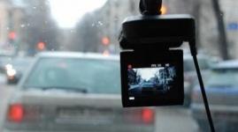 Полицейские пока не будут штрафовать за неправильную установку видеорегистраторов