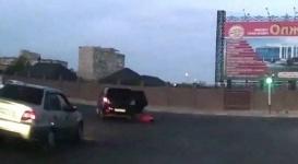Двухлетняя девочка выпала из движущегося авто в Актау