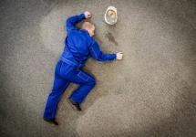 Экибастузский работодатель два года скрывал, что его работник получил тяжелую травму на производстве
