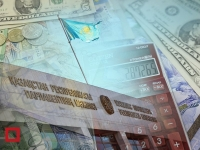 Казахстанским депутатам подняли зарплату