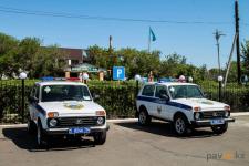 За высокую раскрываемость преступлений двое сельских участковых получили новые служебные автомобили