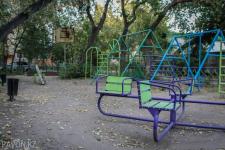Специалисты отдела физической культуры и спорта Павлодара обследуют дворы