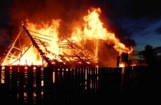 В Павлодаре снова сгорели дачи