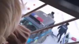 """""""Вызывайте экзорцистов"""": павлодарка закатила истерику полицейским при задержании"""