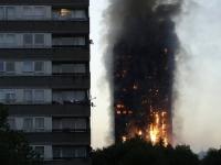 Число жертв пожара в 24-этажном жилом доме в Лондоне возросло до 12