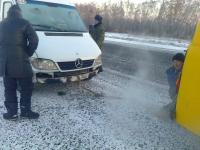 На трассе в Павлодарской области спасли 15 человек от замерзания