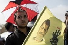 Исламисты сорвали заседание суда по делу Мурси