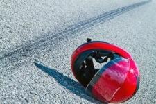 На автодороге Павлодар-Аэропорт разбился мотоциклист