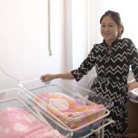 Сразу пять пар двойняшек родились за неделю в Павлодаре