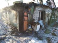 В Павлодаре во время пожара в частном доме пострадали две женщины