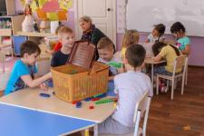С апреля павлодарские дети из многодетных и малообеспеченных семей получат возможность питаться в детских садах бесплатно