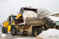 В Павлодаре уборка улиц частного сектора продлится до Наурыза
