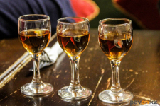 Более 500 жителям Павлодарской области запретили употреблять алкоголь