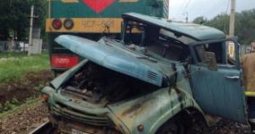 В Прииртышье сельчанина, протаранившего поезд, лишили водительских прав на пять лет