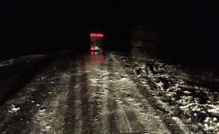 Рейсовый автобус с пассажирами столкнулся ночью с КамАЗом в Павлодарской области