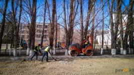 Ремонт подъездных путей к городским школам начали в Павлодаре