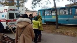 В Павлодаре трамвай сбил девушку
