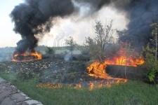 В районе Павлодарского машиностроительного завода горит теплотрасса
