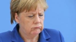 Меркель: Германия не изменит миграционную политику