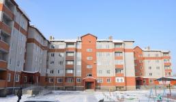 Около 30 семей горняков заселились в новостройку Экибастузе