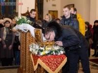 В Павлодар доставлены мощи мученика Вонифатия, дарующие исцеление от алкоголизма