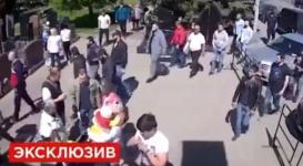 В Сеть попало видео задержания участников побоища на Хованском кладбище