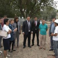 Депутаты и будущие новоселы вместе проконтролируют строительство проблемного дома в Сарыарке