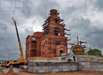 В скором времени строящийся Михайло-Архангельский храм в Павлодаре должен увенчать купол