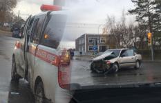 В Павлодаре легковой автомобиль протаранил машину «Скорой помощи»