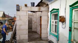Первые восемь поврежденных домов начали восстанавливать на Втором Павлодаре