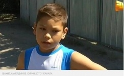 Сбившего школьника в Алматы водителя отпустили домой, а теперь ищут