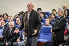 Аким Павлодара пообещал расчистить тротуары к середине февраля