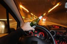 Депутата лишили прав за пьяную езду в Павлодаре