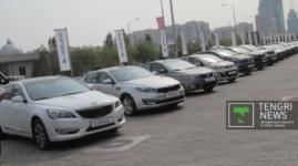 Ограничить чиновников в использовании служебного авто предложили в Казахстане