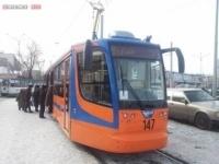 В Павлодаре пассажирам трамваев начали рассказывать об истории родного края