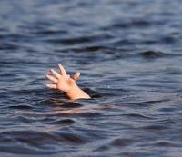 В Павлодарской области двухлетний ребенок утонул в искусственном бассейне