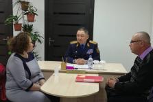 Жители России едут за помощью к руководству павлодарской полиции